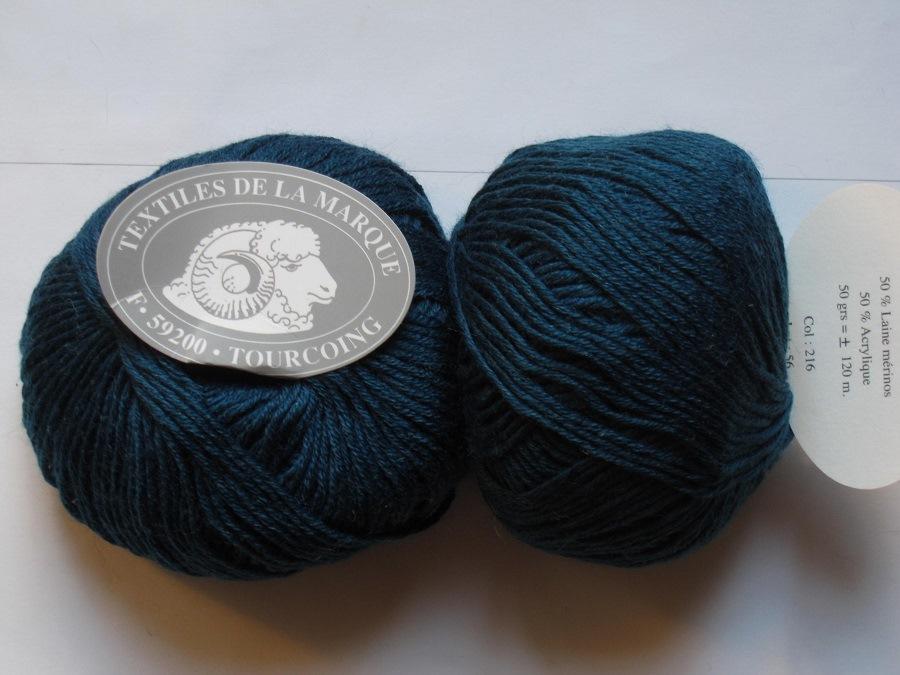 1 pelote fifty 50 laine m rinos couleur bleu p trole 216 textiles de la marque toutes en. Black Bedroom Furniture Sets. Home Design Ideas
