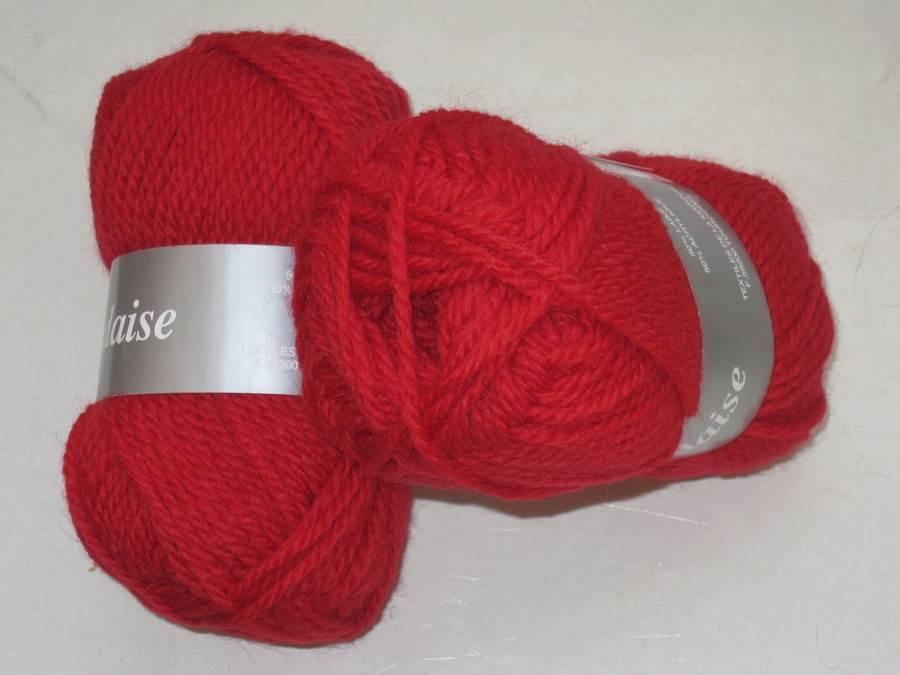 1 pelote irlandaise laine rouge 08 lot 557 textiles de la. Black Bedroom Furniture Sets. Home Design Ideas