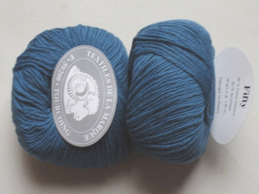 1 Pelote Fifty Laine Mérinos bleu pétrole 815 Textiles de la Marque ... f054909d50e